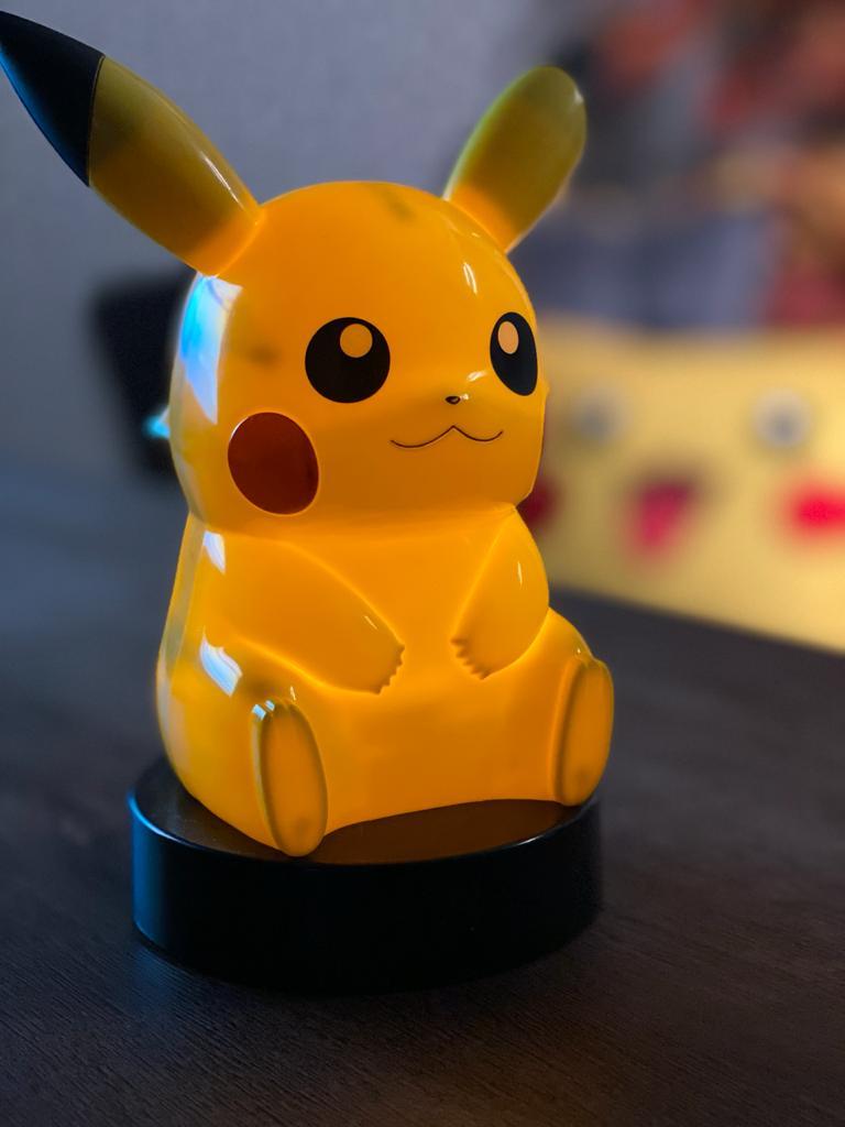 Estátua Pikachu (Light Up): Pokémon Sun & Moon - Banpresto