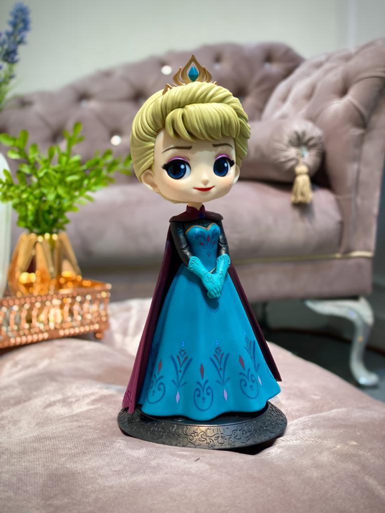 Estátua Princesa Elsa Coroação (Coroation Style): Frozen Disney Qposket - Banpresto