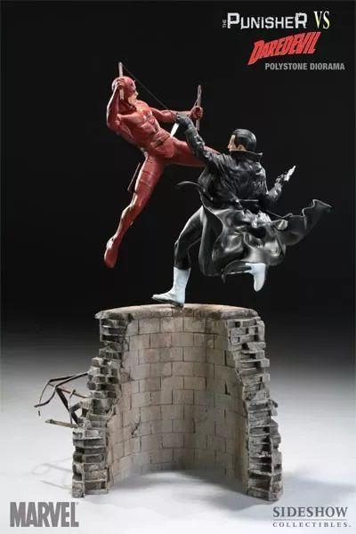 Estátua Punisher Vs Daredevil (Demolidor): Marvel Comics - Sideshow