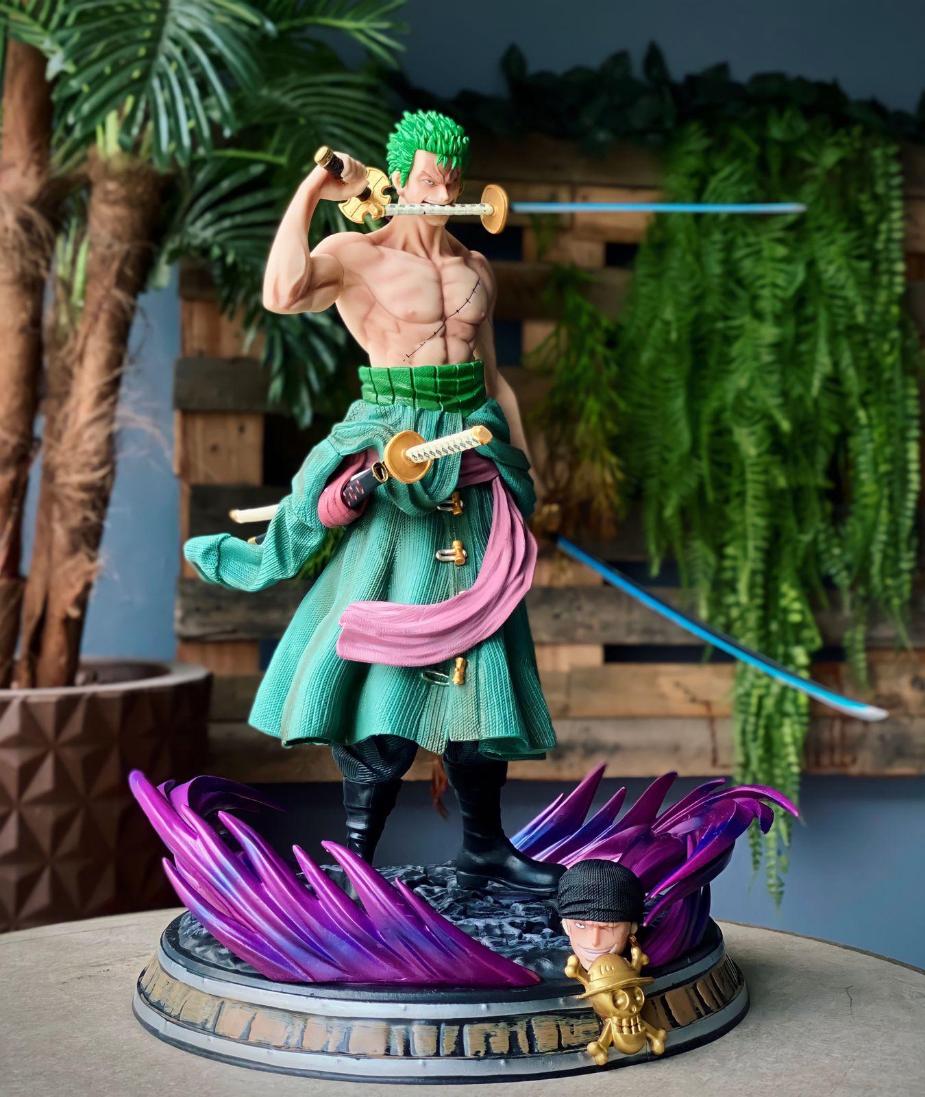 Estátua Réplica Colecionável Roronoa Zoro Time Skip: One Piece 38cm - Anime Mangá - MKP