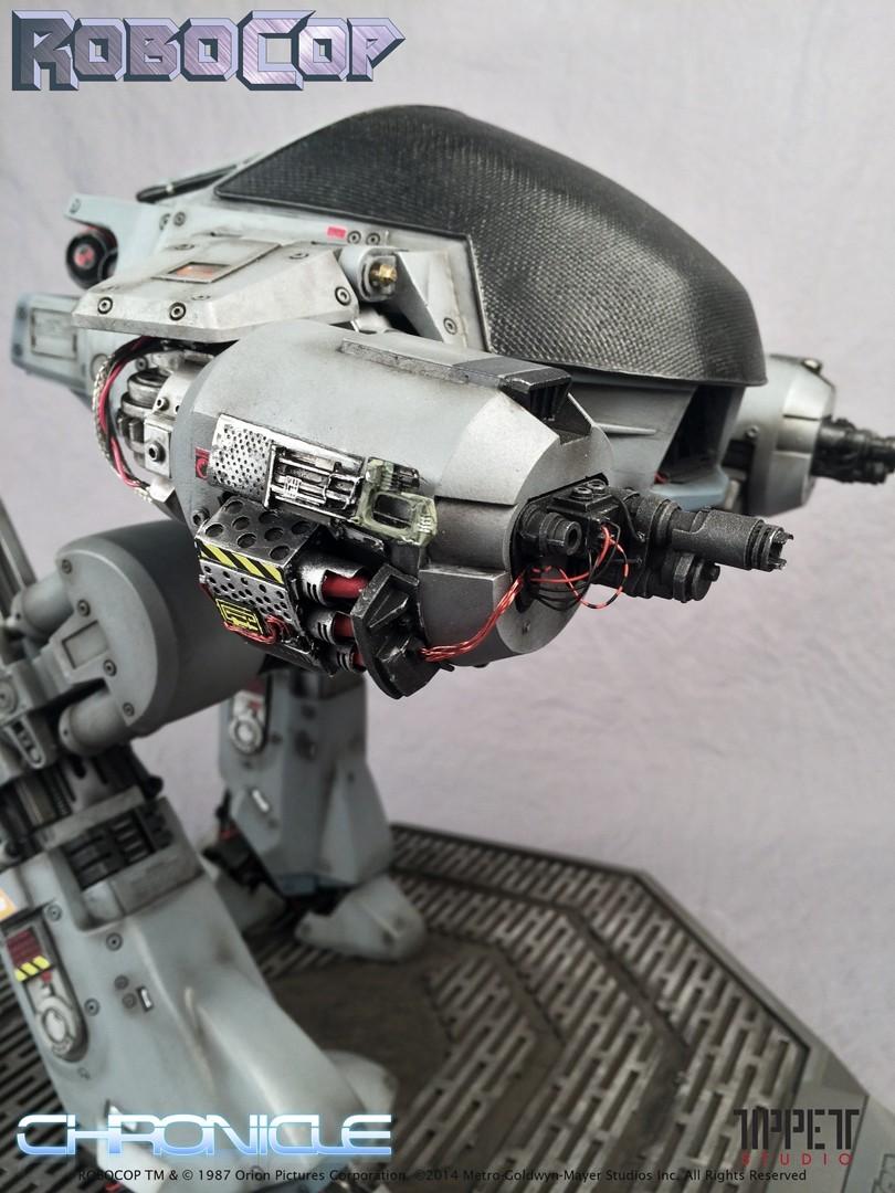Estátua Robocop ED-209 Signed Prop Réplica - Chronicle Collectibles - CD
