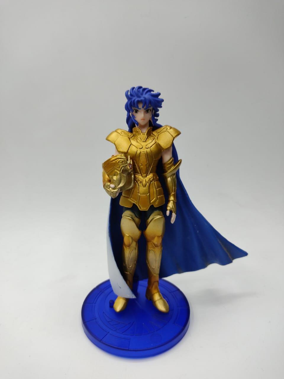 """Estátua Saga Armadura de Ouro de Gêmeos: Cavaleiros do Zodíaco """"Saint Seiya"""" (13 cm)"""