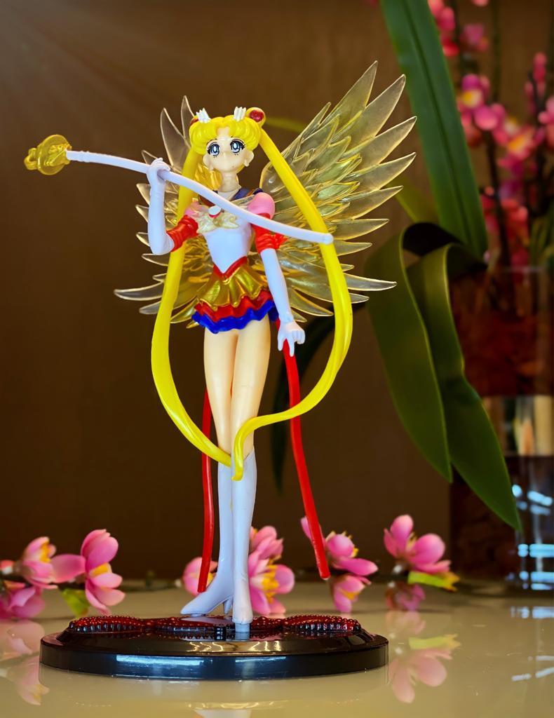 Estátua Sailor Moon Eternal Serena Tsukino 19cm - Anime Mangá