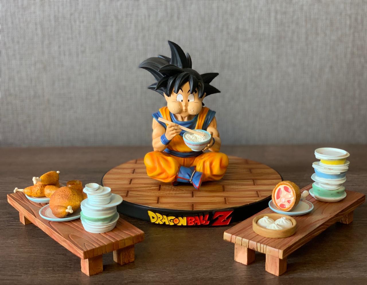 Estátua Son Goku (Comendo): Dragon Ball - A+ Studio