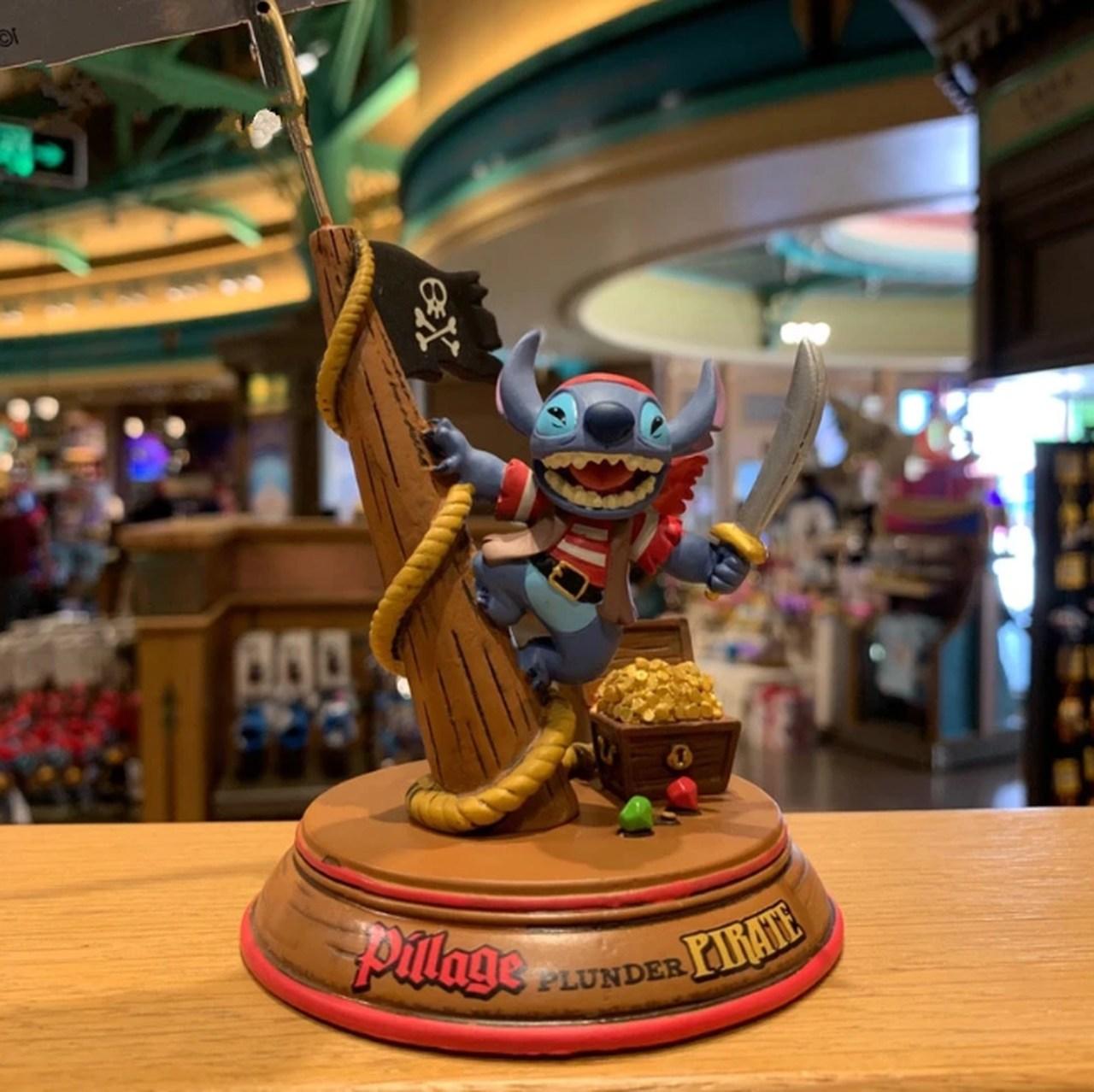 Estátua Stich Pirata: Lilo & Stich  Disney - EVALI