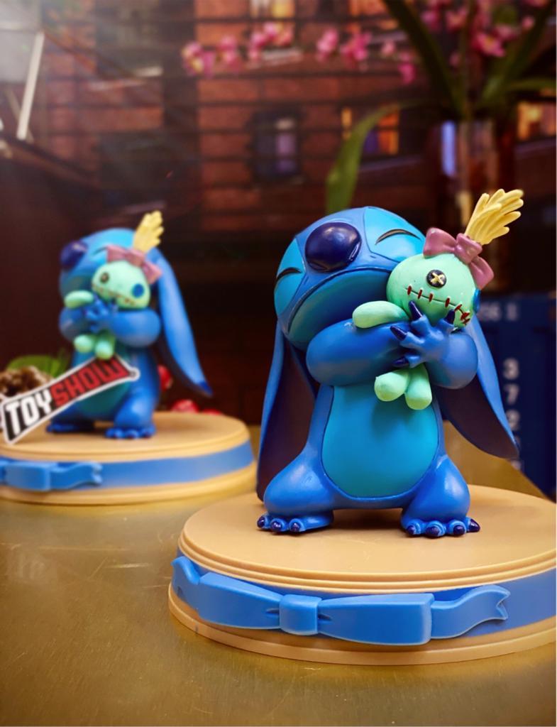 Estátua Stitch e Boneca Xepa Lilo & Stitch Disney 11 cm