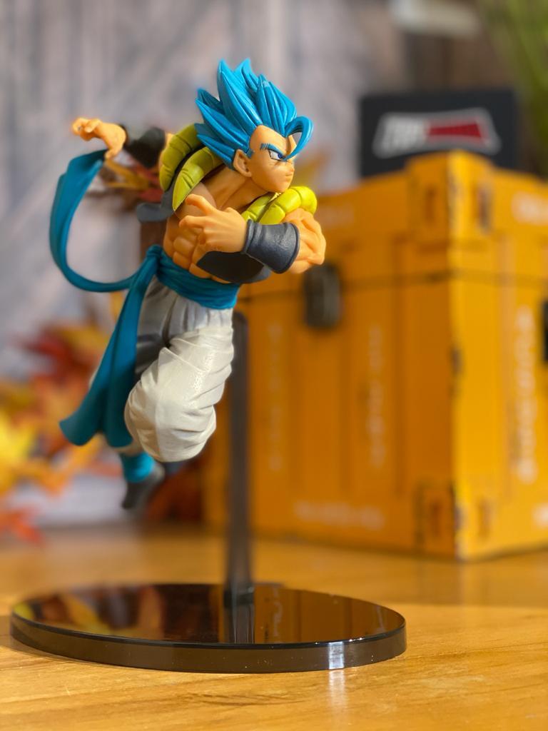 Estátua Super Saiyan God Super Saiyan Gogeta: Dragon Ball Super (Chosenshiretsuden Vol. 5) - Banpresto