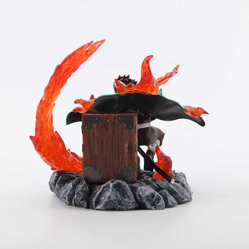 Estátua Tanjiro Kamado Caçador de Demônios Hinokami Kagura Demon Slayer Kimetsu no Yaiba 15cm  - EVALI