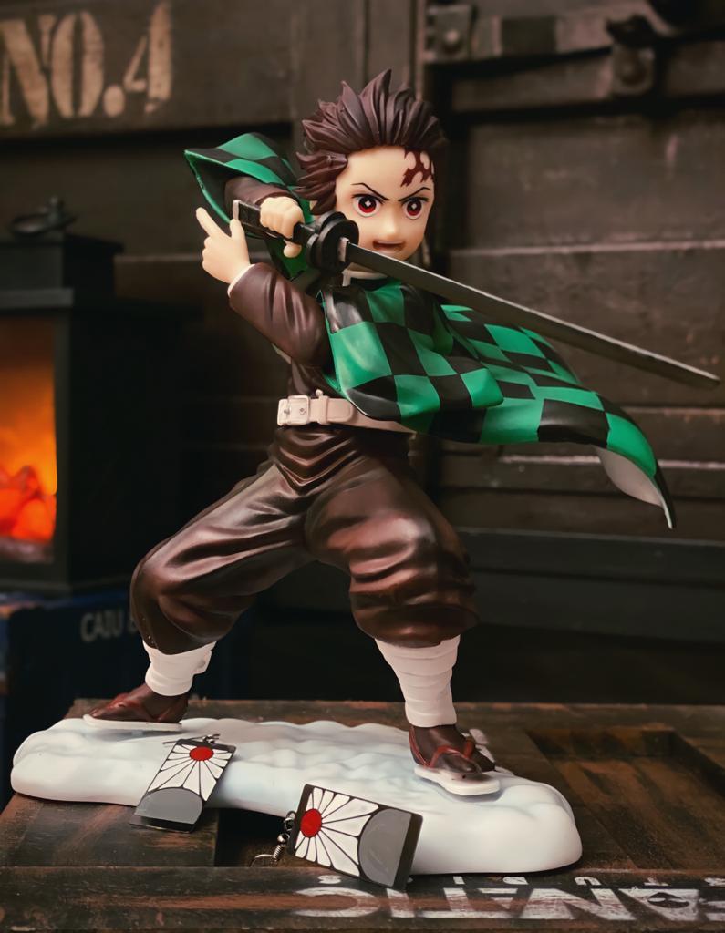 Estátua Tanjiro Kamado Caçador de Demônios Ver.2 Demon Slayer Kimetsu no Yaiba 22cm - Anime Mangá