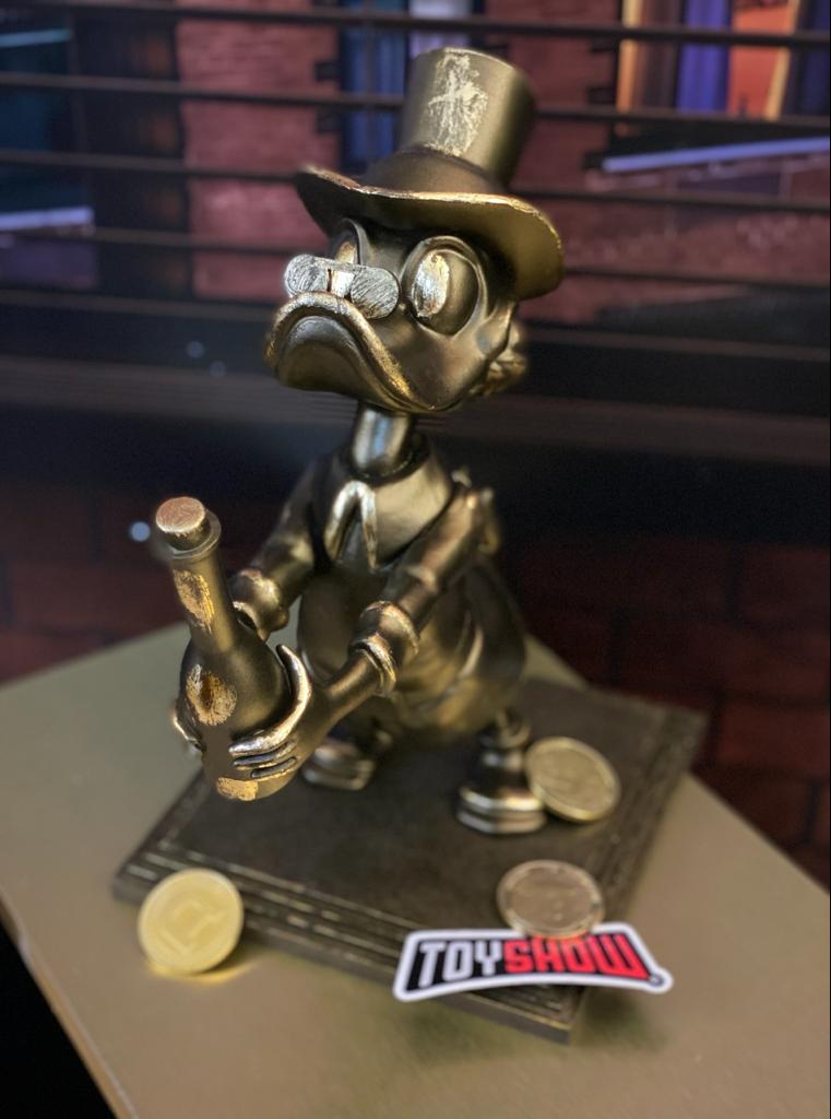 Estátua Tio Patinhas Scrooge McDuck Dourado: Disney - Fanatic Studios - EV