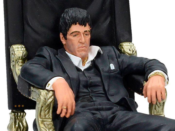 Estátua Al Pacino Tony Montana (No trono): Scarface (1983) - SD Toys