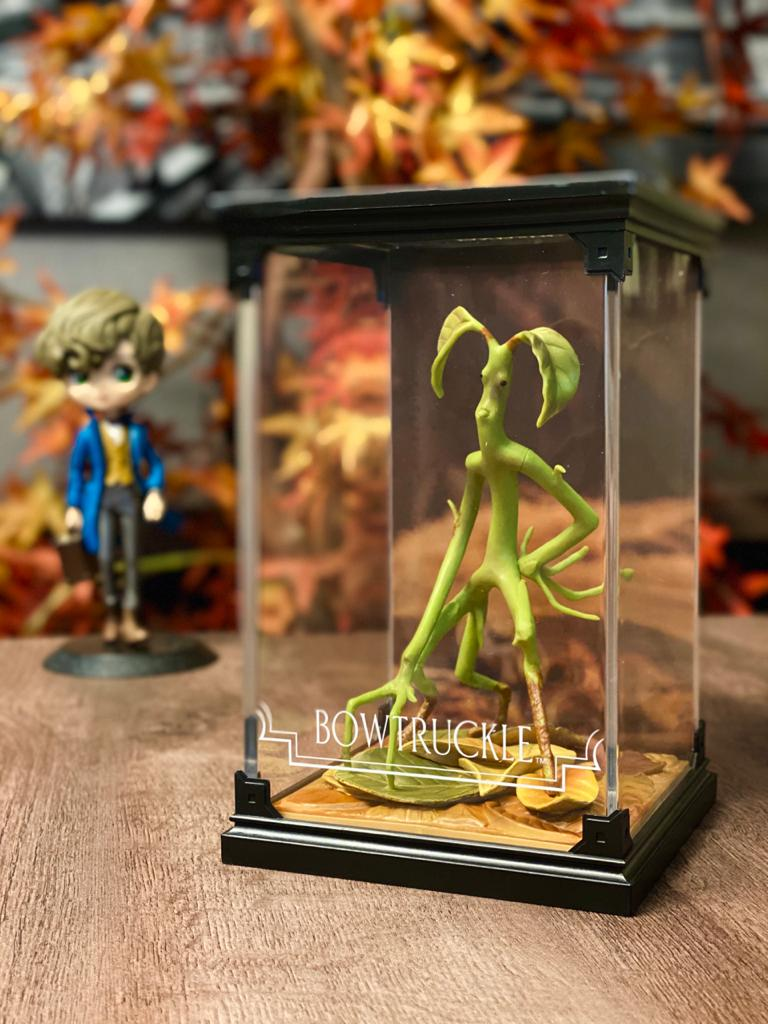 Estátua Tronquilho(Bowtruckle): Harry Potter Criaturas Mágicas (Magical Creatures) - Noble Collection