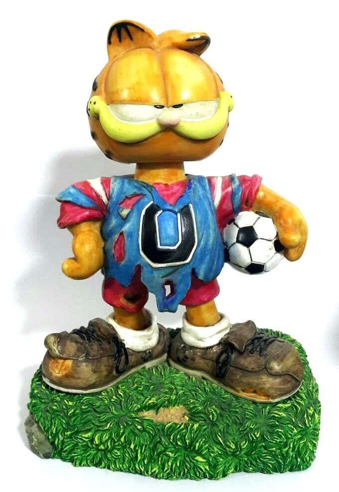 Estatueta do Garfield com Bola
