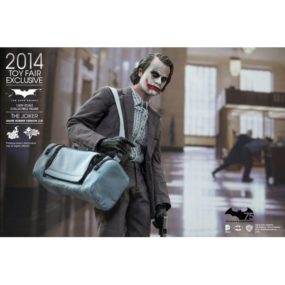 Action Figure Coringa (Joker) Bank Robber Version: Batman O Cavaleiro das Trevas (The Dark Knight) (Exclusivo Toy Fair 2014) Escala 1/6 (MMS079) - Hot Toys (USADO)