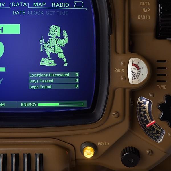 PRÉ VENDA : Fallout Pip-Boy Deluxe Edition Bluetooth - ThinkGeek