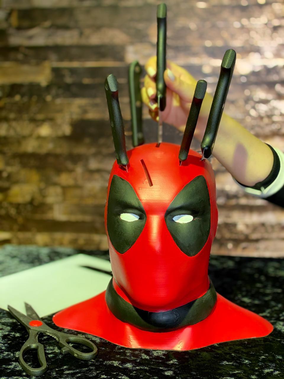 Faqueiro Busto Deadpool: Marvel