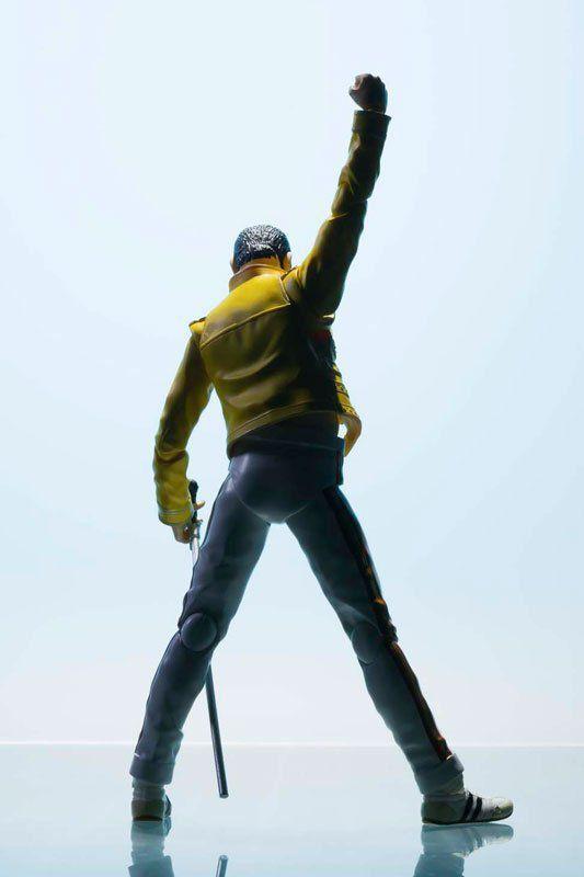 Boneco Freddie Mercury S.H. Figuarts - Bandai  - Toyshow Geek e Colecionáveis Tudo em Marvel DC Netflix Vídeo Games