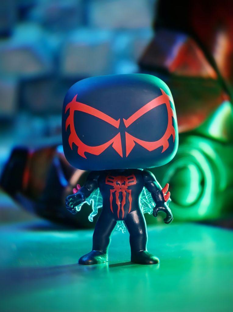 Funko Pop! Homem Aranha 2099: Spider-Man Edição Limitada 2021 Convenção de Prima Vera - Spring Convention #761 - Funko