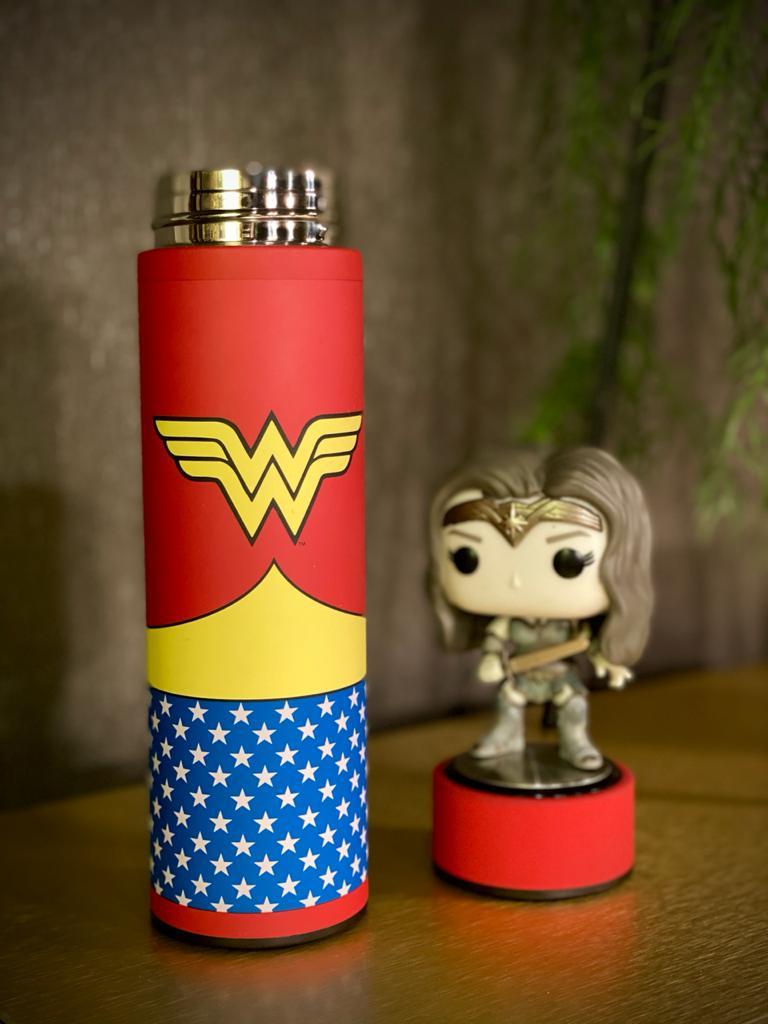 Garrafa Térmica Aço Inox Mulher Maravilha Wonder Woman: DC Comics 500ml