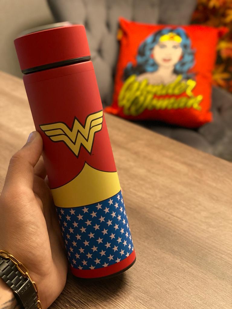 Garrafa Térmica Aço Inox Mulher-Maravilha (Wonder Woman): DC Comics (500ml) - Urban
