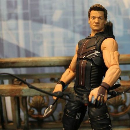 Gavião Arqueiro (Hawkeye) Os Vingadores Marvel Select - Diamond