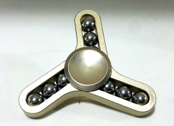 Hand Spinner de Metal com Bolinhas de 3 pontas Bronze - Rolamento Anti Estresse Fidget Hand Spinner