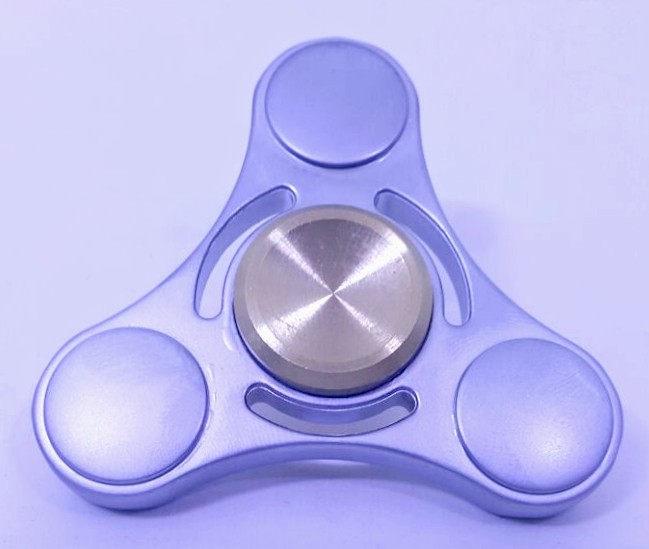 Hand Spinner de Metal Prata com centro Dourado - Rolamento Anti Estresse Fidget Hand Spinner