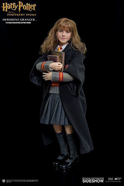 Harry Potter e a Pedra Filosofal: Hermione Granger Escala 1/6 - Star Ace