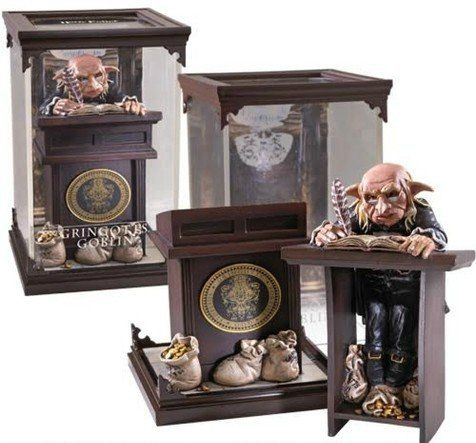 Estátua Goblin de Gringotes (Gringotts Goblin): Harry Potter Criaturas Mágicas (Magical Creatures) - Noble Collection