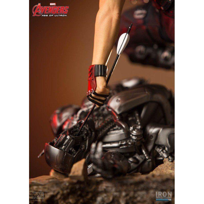 Estátua Gavião Arqueiro (Hawkeye): Vingadores: Era de Ultron Diorama Escala 1/6 - Iron Studios