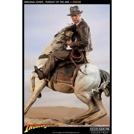Indiana Jones 'Pursuit of the Ark' Estátua 1:5 - Sideshow