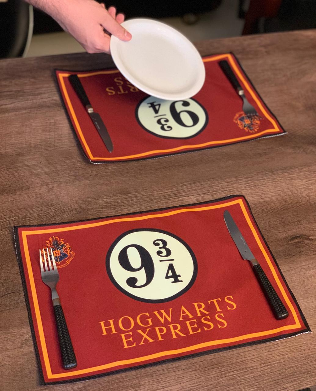 Jogo Americano Plataforma 9 3/4 (Hogwarts Express): Harry Potter (Kit com 02 Unid) -EV