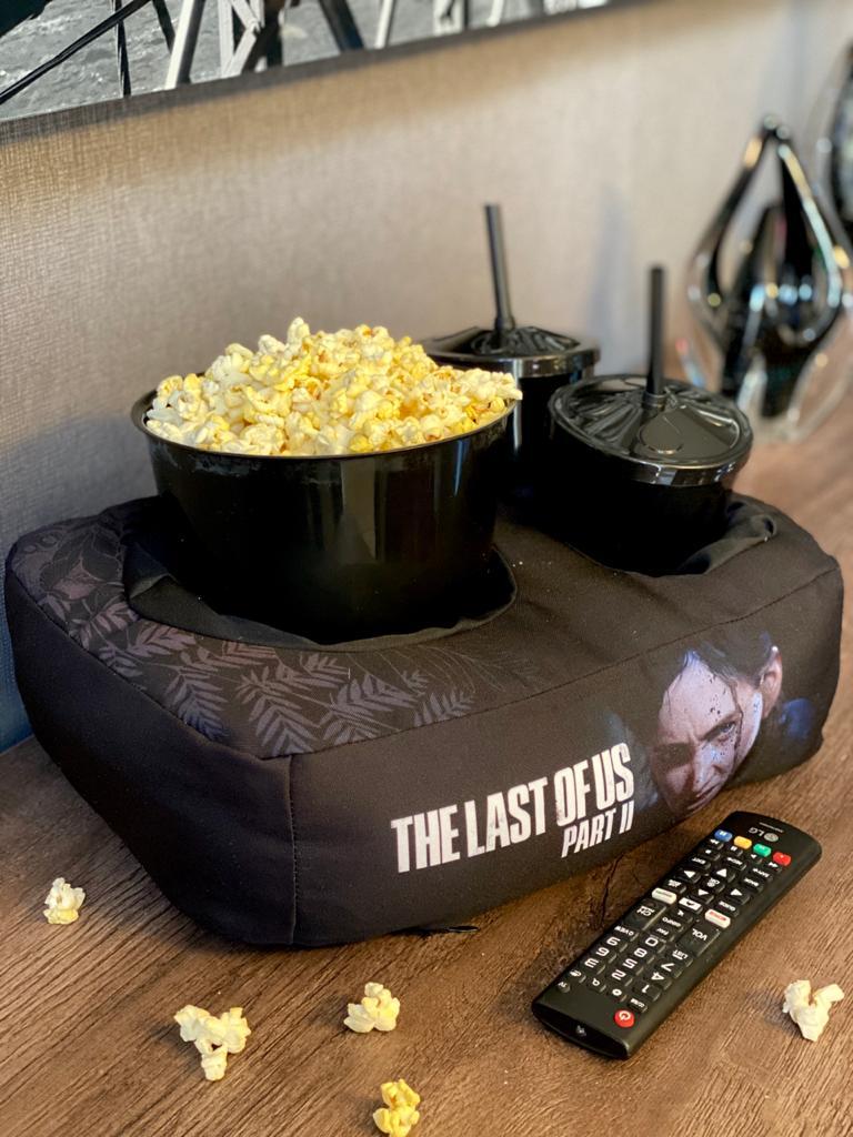 Kit Almofada Porta Pipoca: The Last of Us Parte II  (2 Copos)