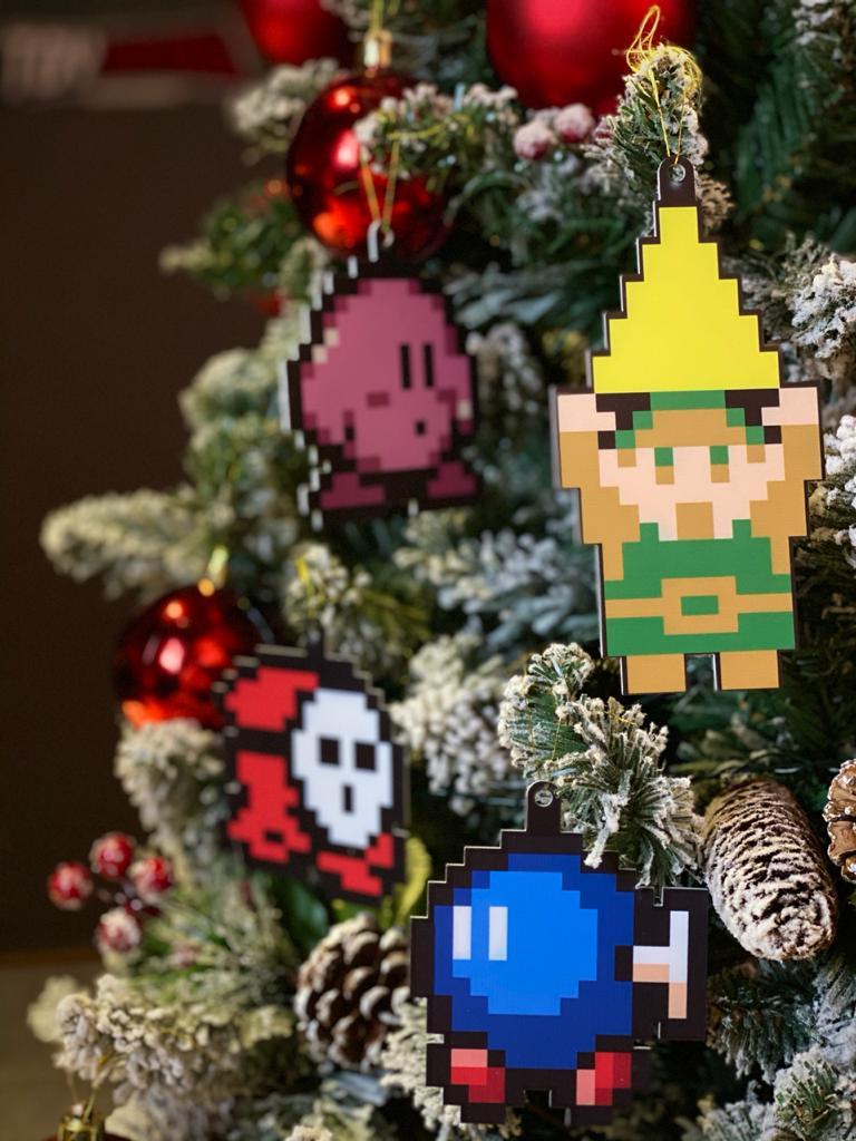 Kit Com 4 Enfeites Árvore de Natal Geek Personagens: 8 Bits