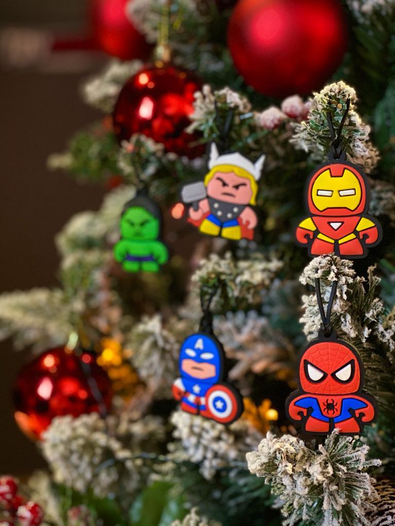Kit Com 5 Enfeites Árvore de Natal Geek Vingadores (Avengers): Marvel