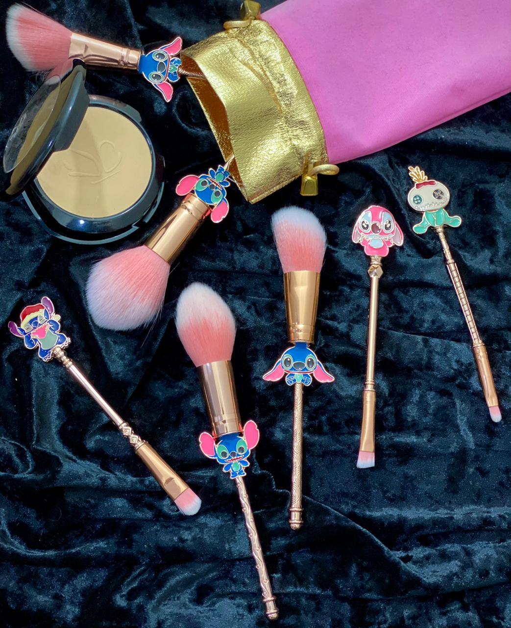 Kit Com 5 Pincéis de Maquiagem Geek: Lilo & Stith - Disney - ET