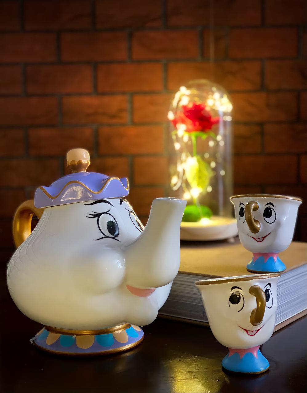 Kit de chá Bela e a Fera Bule de Porcelana Mrs. Potts Com Duas Xicaras Caneca Zip: Bela e a Fera (Disney)