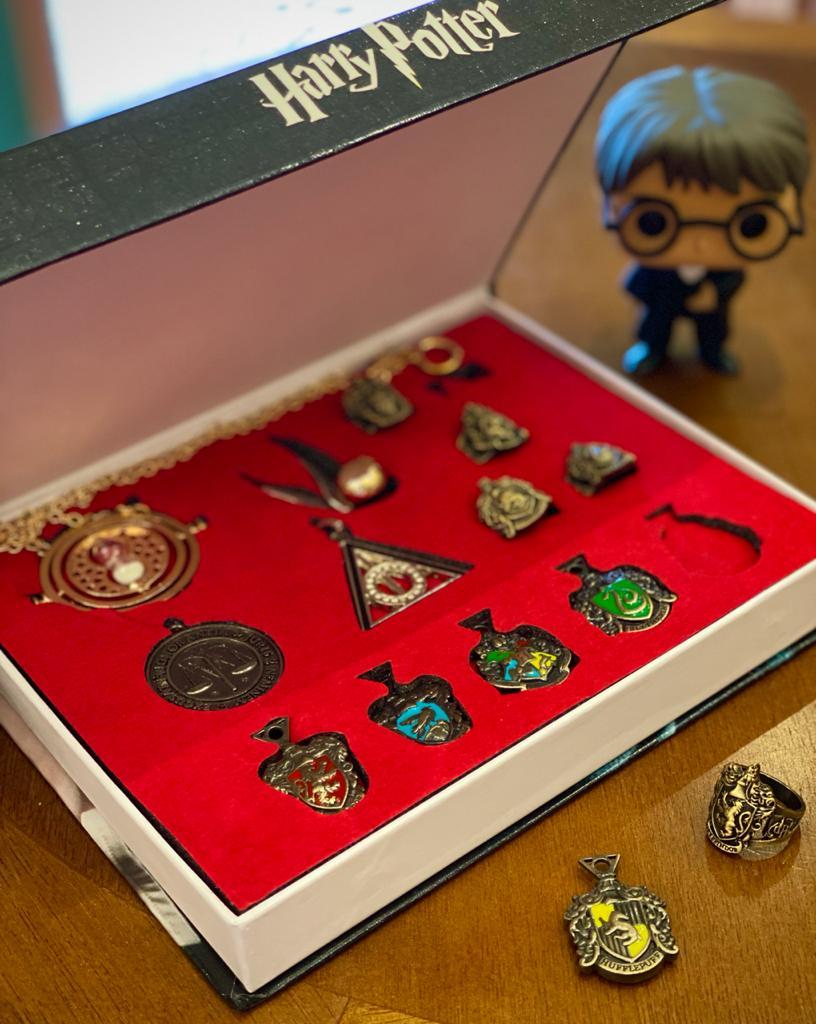 Kit Harry Potter: Chaveiro, Anel e Colar - Harry Potter