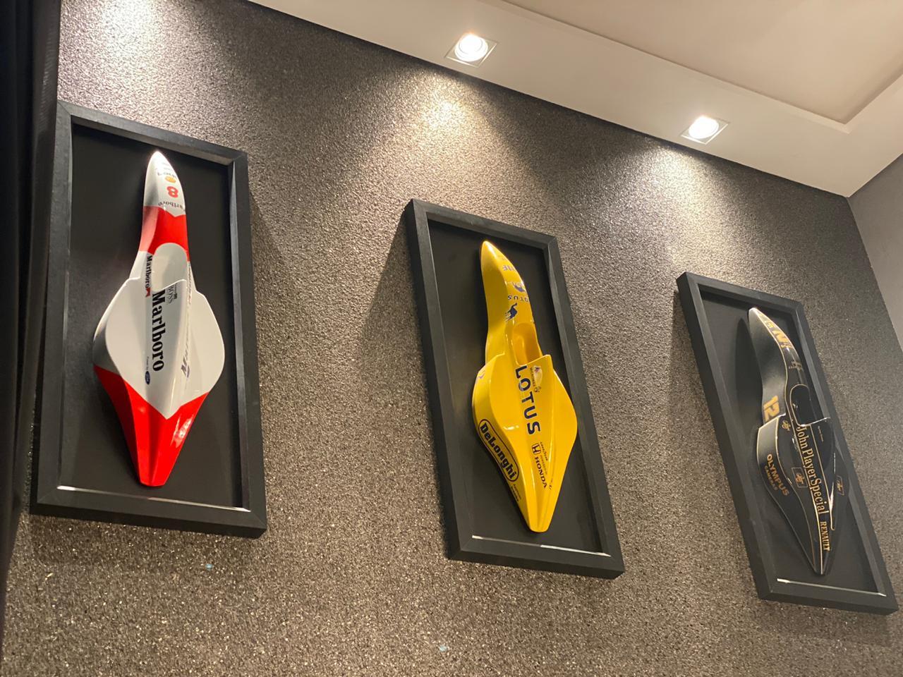 Kit Réplica Miniaturas F-1 (Moldura): McLaren Ford (Ayrton Senna) Team Lotus Renault (Ayrton Senna) Moldura: Lotus (Honda) - CG - EV