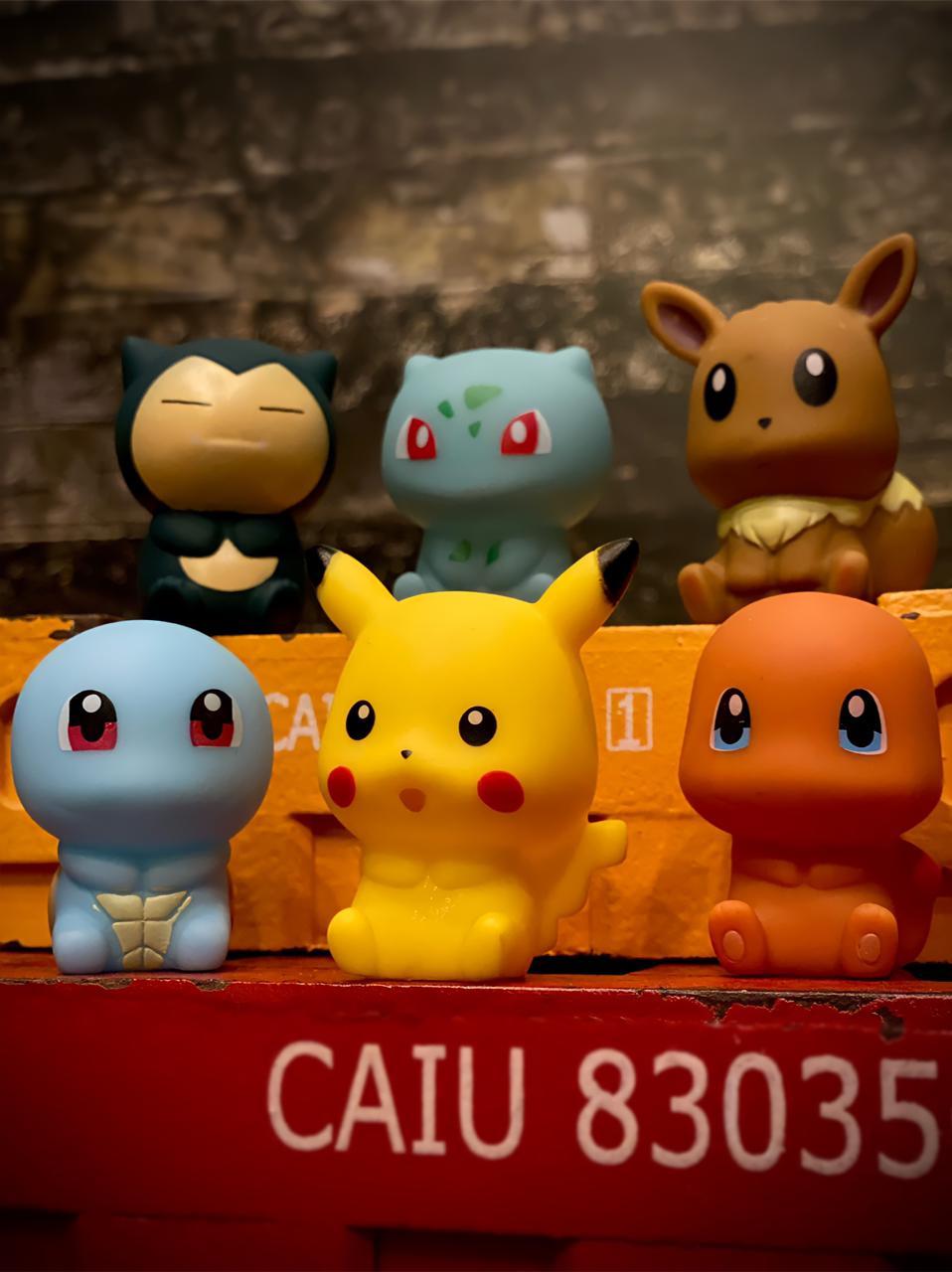 Kit Pokémon 6 Personagens  de Vinil: Pikachu, Snorlax, Charmander, Squirtle, Eevee e Bulbasaur - Brinquedo Colecionável Anime Mangá