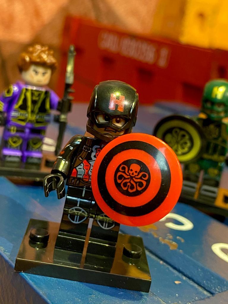 LEGO Capitão América (Hidra Traje Preto) - Marvel