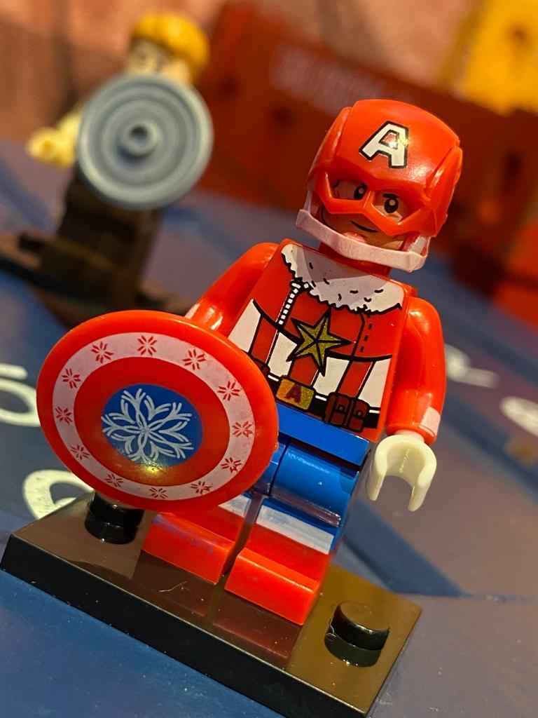 LEGO Capitão América (Traje De Inverno) - Marvel