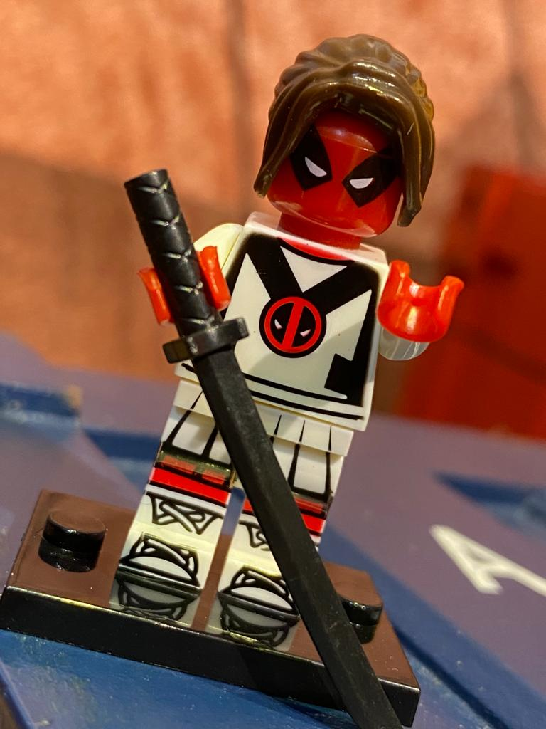 LEGO DeadPool (Versão Mulher) - Marvel