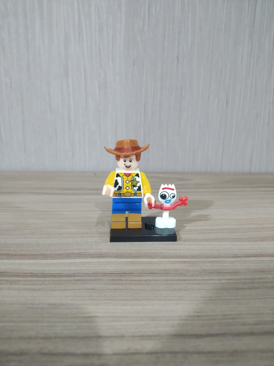 LEGO: Woody - Toy Story
