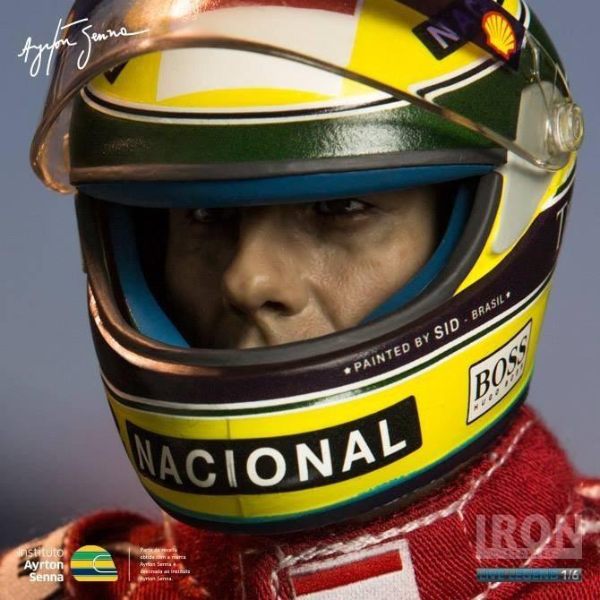 Estátua Ayrton Senna 1993 Brazil Grand Prix 1/6 Live Legend- Iron Studios