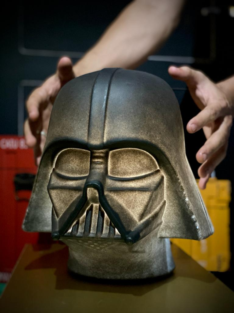 Luminária/Abajur Capacete Darth Vader (De Mesa)