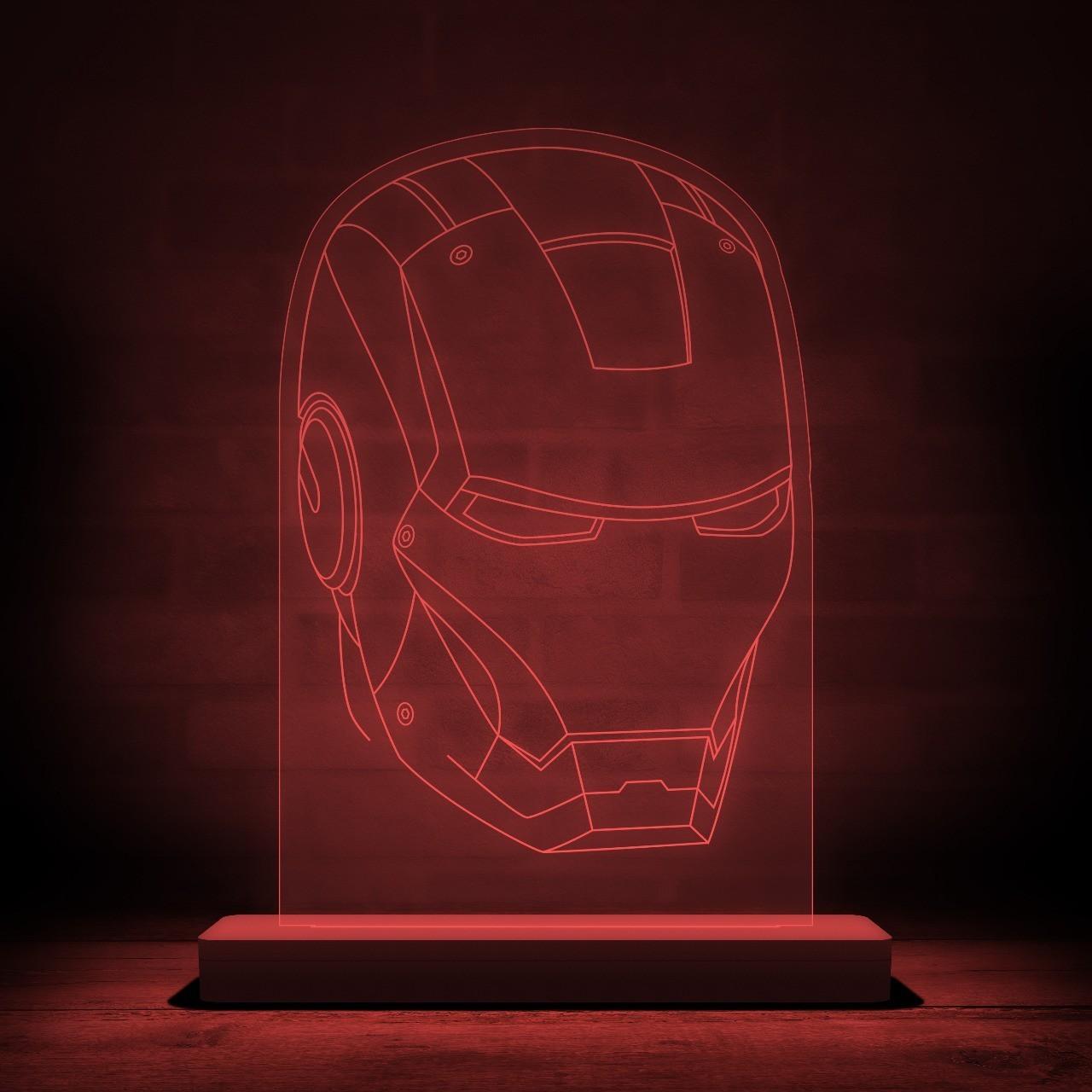 "Luminária/Abajur ""Capacete Homem de Ferro'': Marvel - EV"
