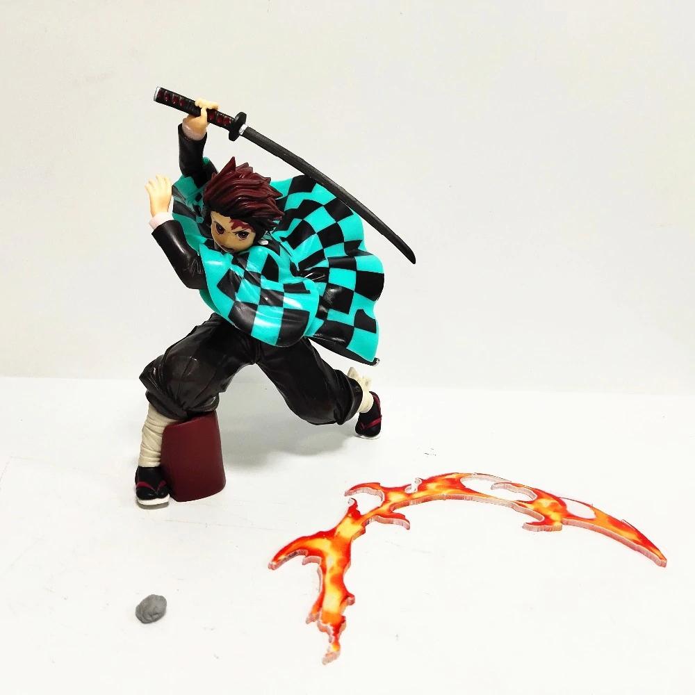 Luminária/Abajur Estátua Tanjiro Kamado Lâmina de Fogo: Demon Slayer Kimetsu no Yaiba - EVALI