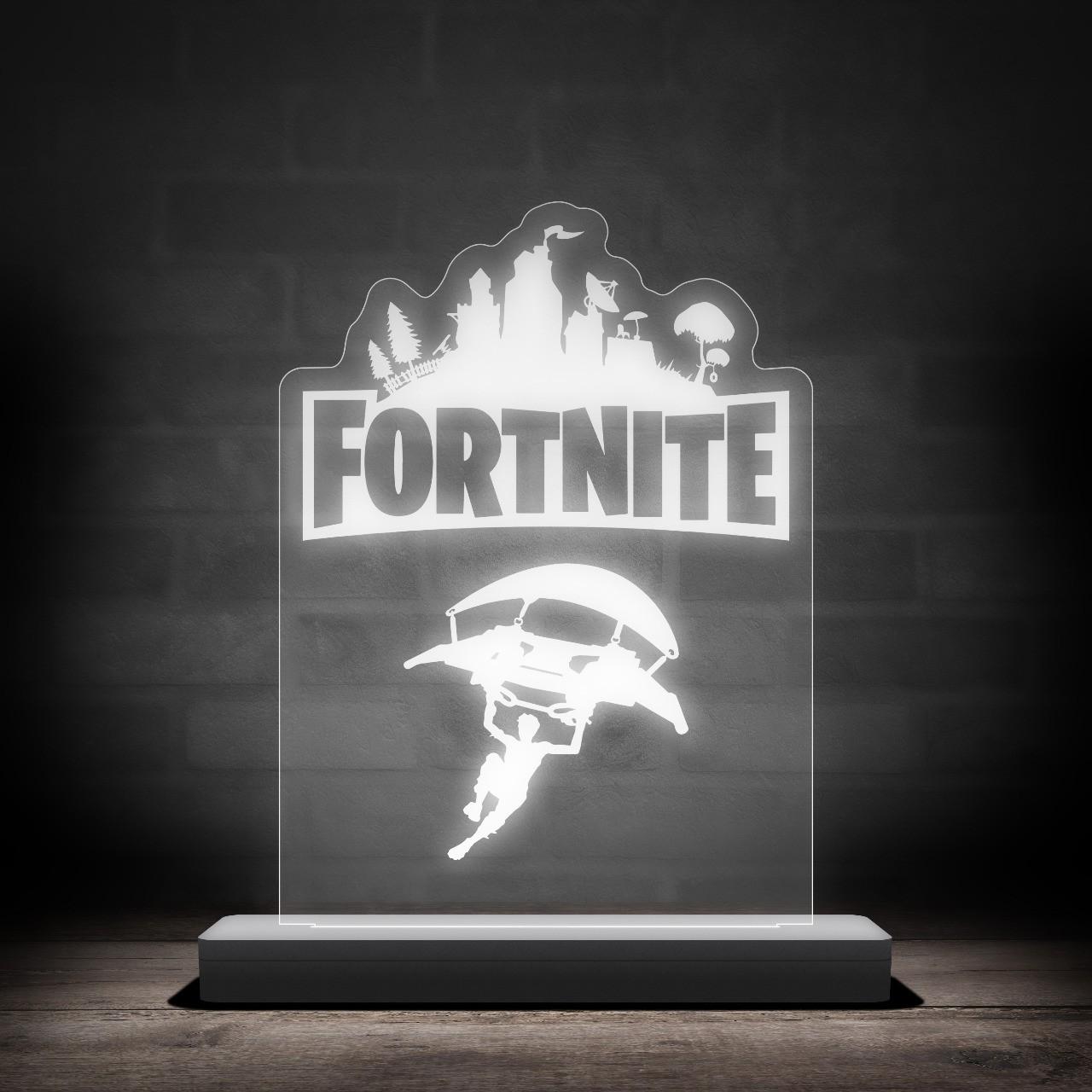 "Luminária/Abajur ""Fortnite''"