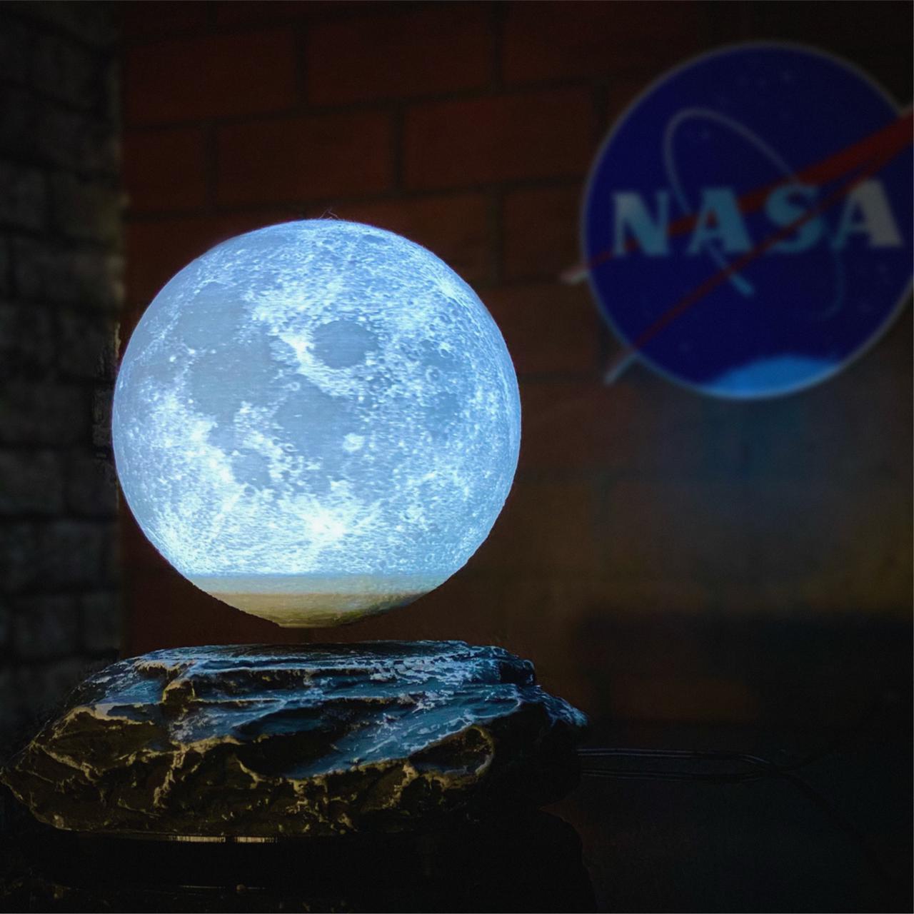 Luminária/Abajur Magnético Flutuante Lua